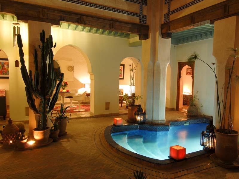 Location villa maroc louer une maison au maroc sur for Riad piscine privee marrakech