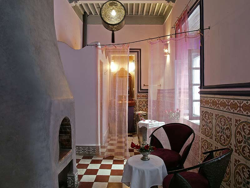 riad casa lila spa louez le riad casa lila spa essaouira hotels ryads. Black Bedroom Furniture Sets. Home Design Ideas