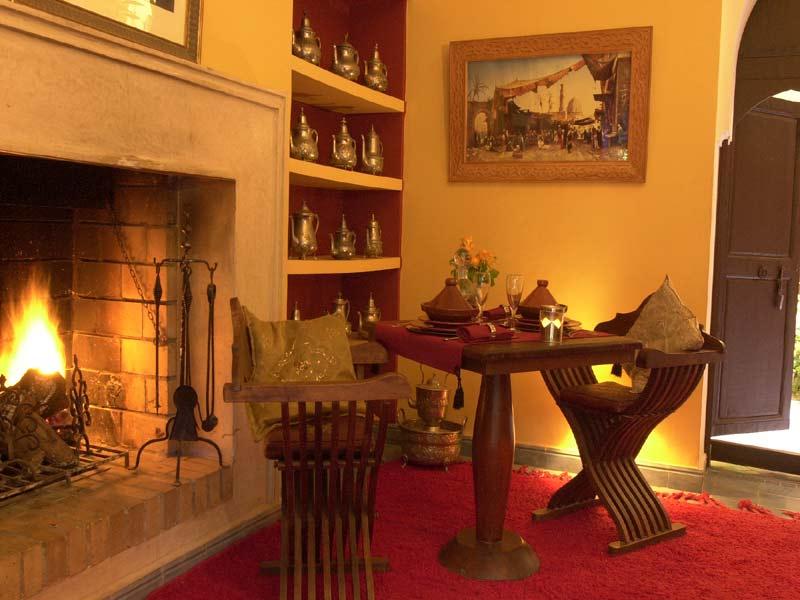Salon moderne coiffure la chaux de fonds for Salle a manger mobilia maroc