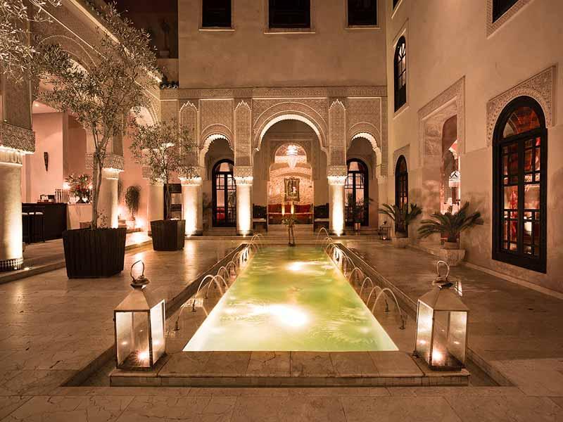 Riad de luxe au maroc location riad luxe marrakech for Hotel design marrakech