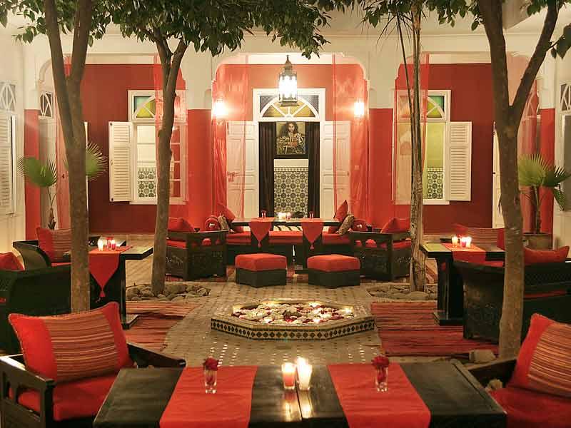 riad la maison rouge louez le riad la maison rouge marrakech hotels ryads. Black Bedroom Furniture Sets. Home Design Ideas