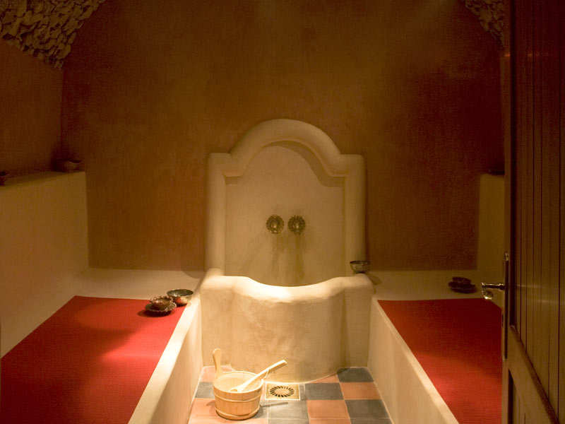 Riad villa de l 39 louez le riad villa de l 39 essaouira for Salle de bain hammam